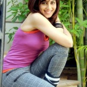 Genelia D'Souza T-Shirt Jeans Photos Hot Images