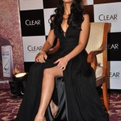 Ileana D'cruz Hot Legs Pics – Ileana D'cruz Thighs in Shorts Photos