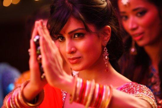 pallavi sharda in besharam movie - photo #2