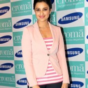 Parineeti Chopra launches SAMSUNG GALAXY NOTE 3 in Mumbai