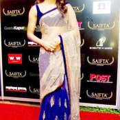 Priyanka Chopra in SAIFTA Awards 2013 – Purple Transparent Saree Hot Cleavage Pics