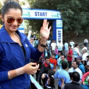 Sania Mirza Hot Deep Cleavage Show in Max Bupa Walk for Health Event at Mumbai