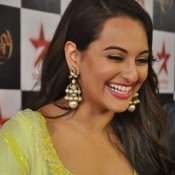 Sonakshi Sinha Cool Pics Shoot for Star Plus Diwali Episode