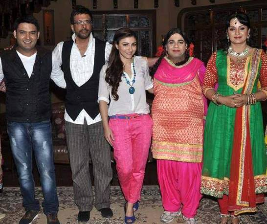 War Chhod Na Yaar Movie Promotion Event Pictures Latest Photos in Comedy Nights with Kapil