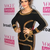 Zarine Khan In Black One Piece at Vogue Beauty Awards 2013