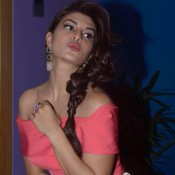 Jacqueline Fernandez in Peach Off Shoulder Dress at Brothers Movie Promotion Pics