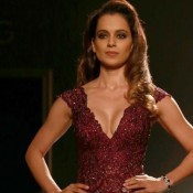 Kangana Ranaut in Maroon Deep Neck Gown at Manav Gangwani Show at AIFW 2015