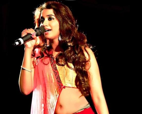 Shreya Ghoshal Live Concert in Ankleshwar Gujarat 2015 – Navratri Events at Garden City Sport Club
