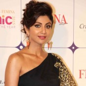 Shilpa Shetty in Black and Golden One Shoulder Saree Gown at Ethnic Designer Of The Year 2015