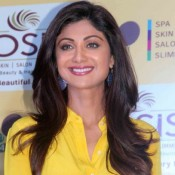 Shilpa Shetty in Yellow Shirt Photos at Inauguration of Wellness Centre in Lucknow