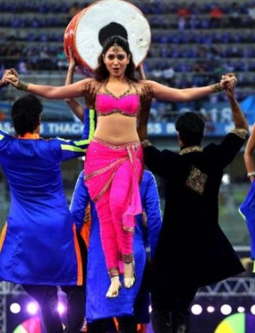 Tamannaah Bhatia Dance Performance at IPL 2018 Opening Ceremony
